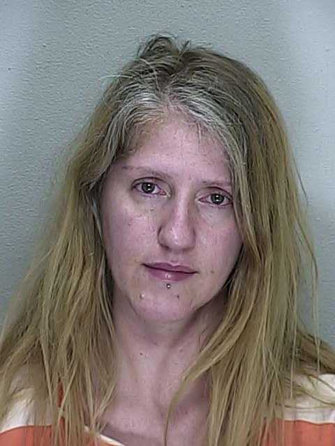 Ocala woman threatened to cut her husbands throat