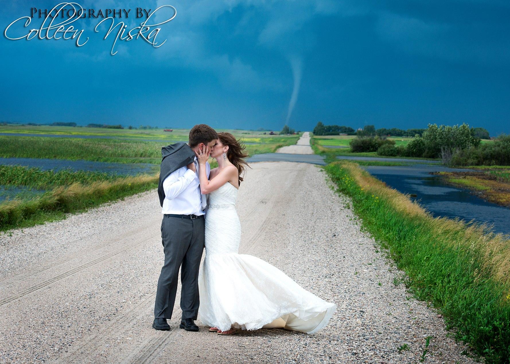 Colleen Niska Tornado Photo Canada