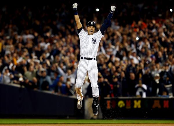 Jeter hits walk-off in final bat