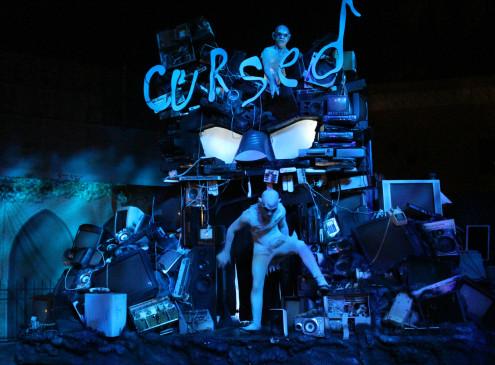 cursed howl-o-scream 2014