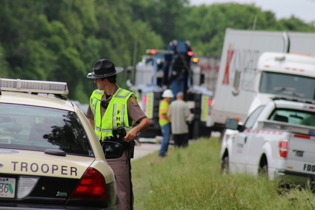 Fatal: 4-vehicle crash on I-75 near mile marker 367 ...