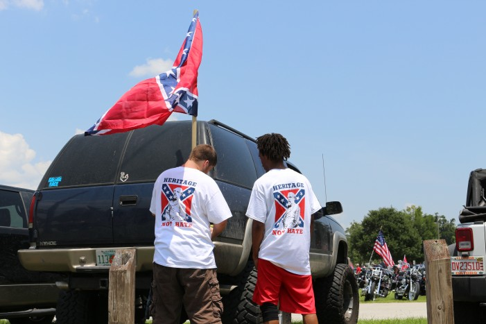 Confederate flag southern heritage rally attracts thousands