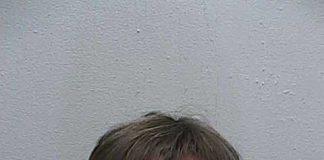 Richard Hummel Points Bow at deputy