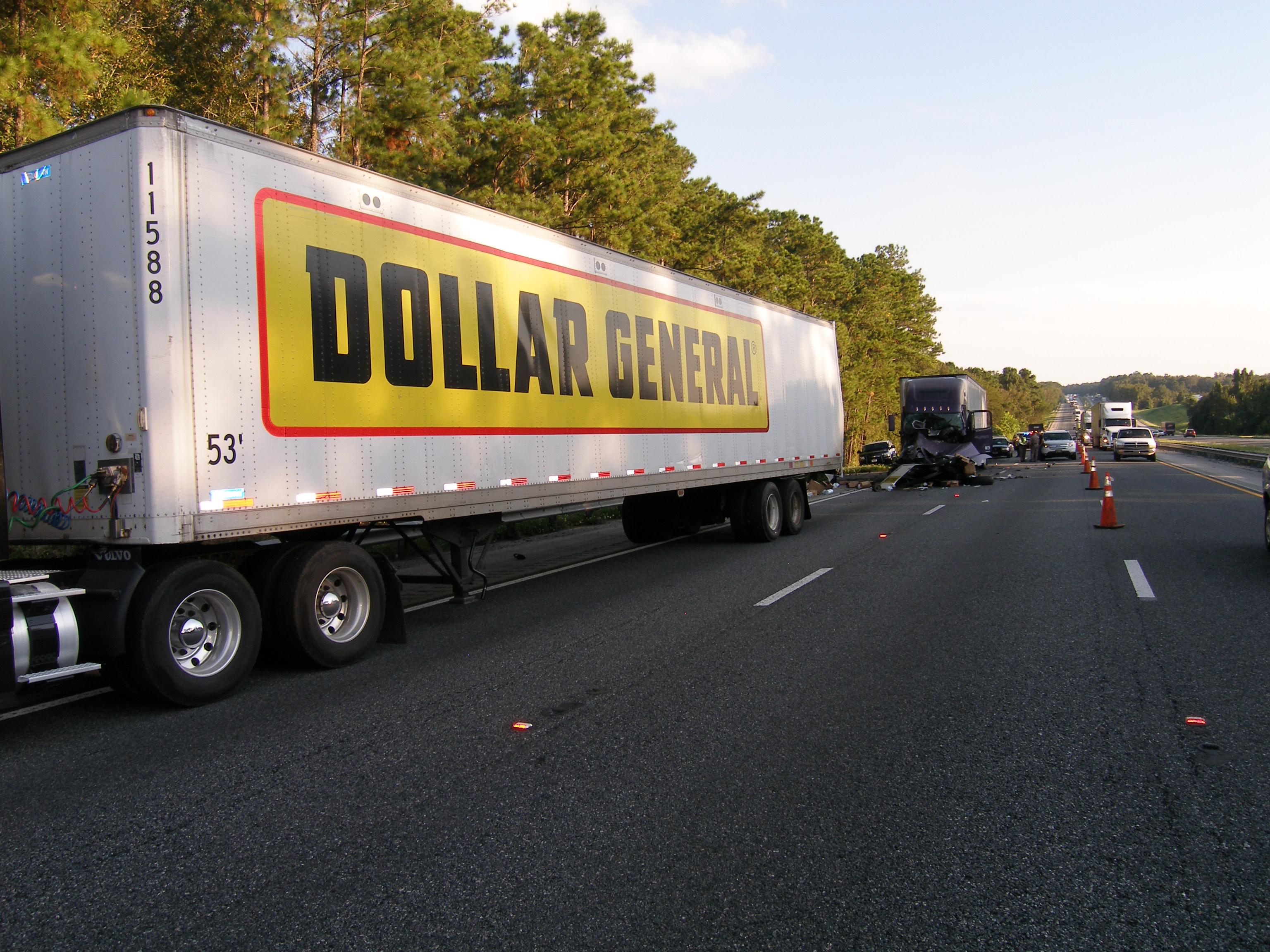 dollar general accident, semi crash, ocala, ocala news, ocala post