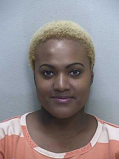 Kendra Vandyke Arrested For Splitting Knee With Pot