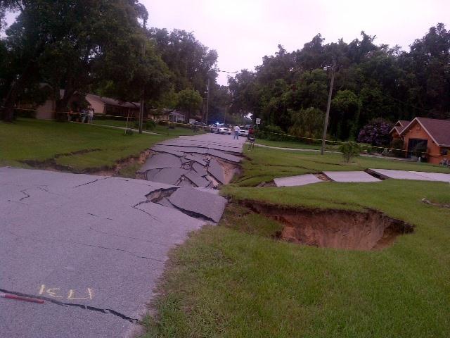 Sinkhole in Spring Hill, Hernando County