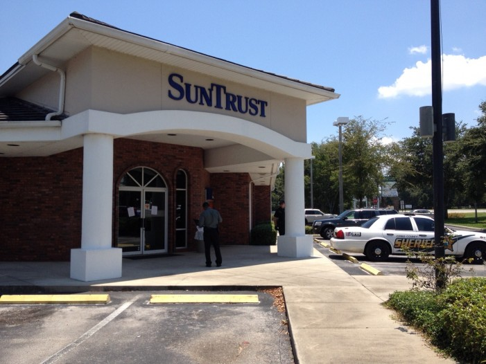 SunTrust Bank robbery suspect arrested within minutes