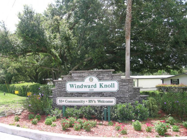 Windward Knoll: 55 plus community