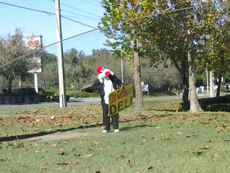 Ocala sign guy receives much deserved attention