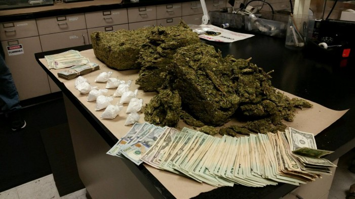 Two violent career criminals arrested for drug trafficking
