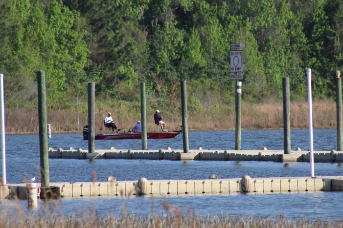 Lake Weir reopens with precautions