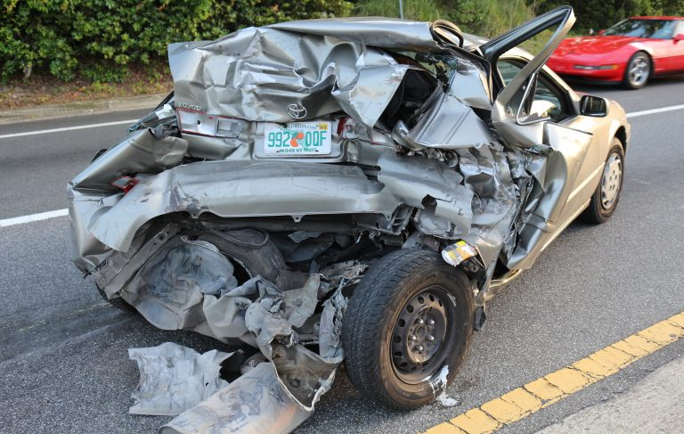 Car accident on CR 484, entrance of Marion Oaks