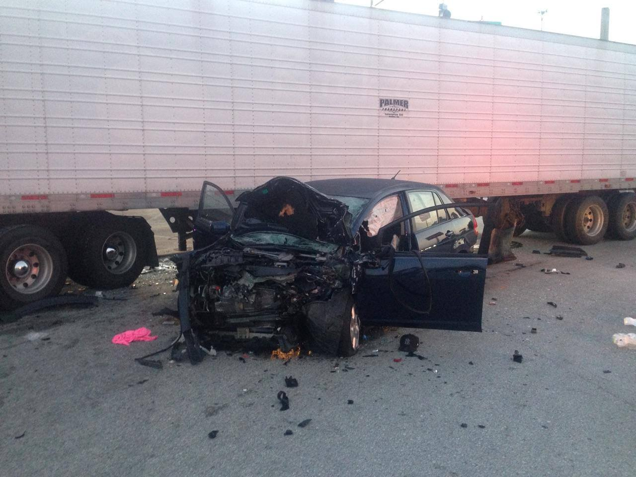 ocala news, marion county news, accident, car crash, semi, 484