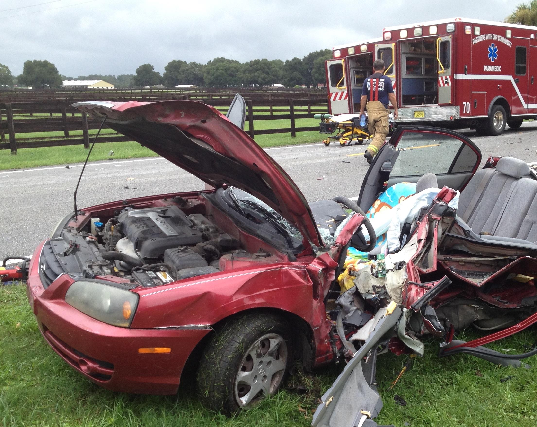 ocala news, marion county news, car accident, car crash, critical condition, crash on 225A in ocala
