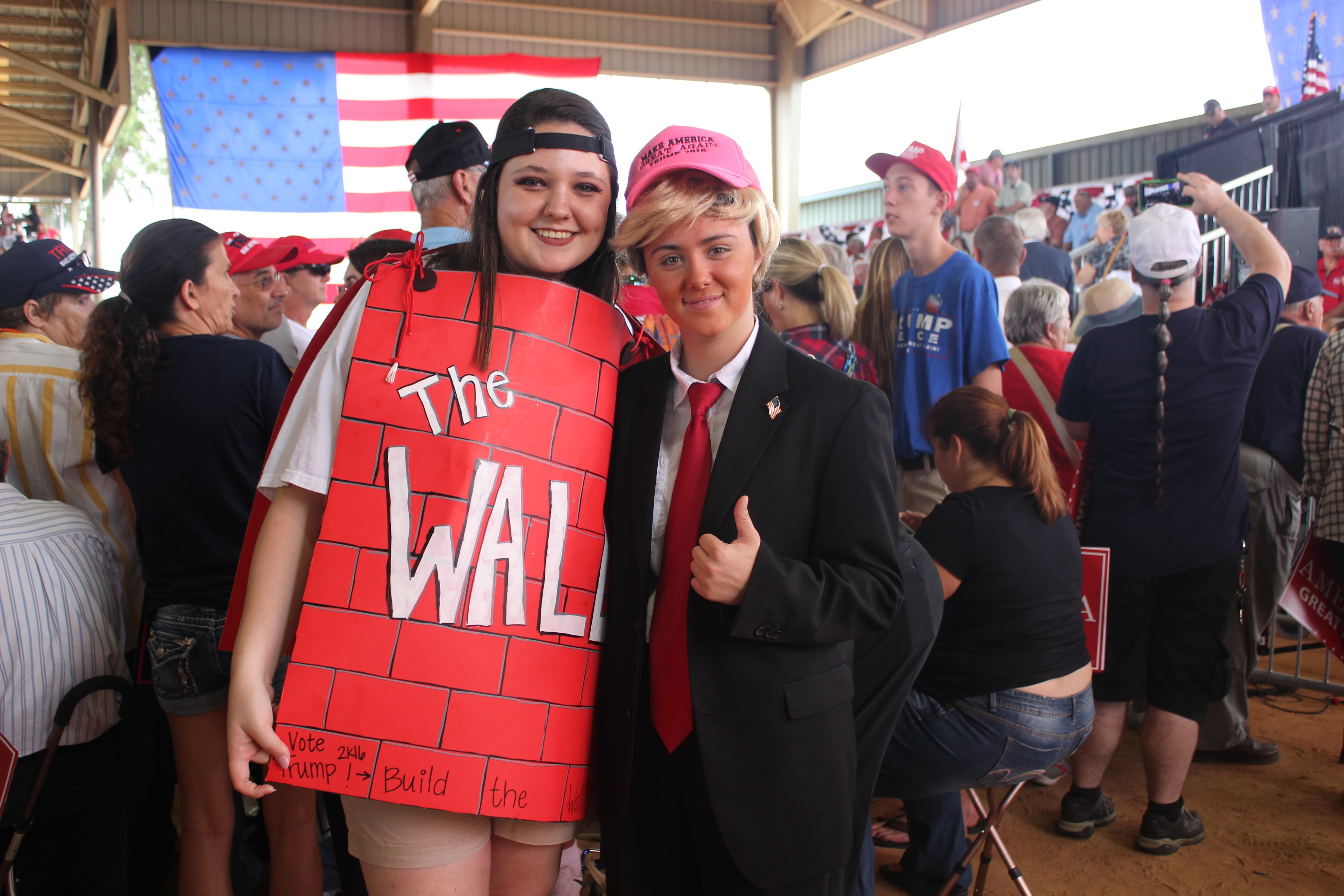 donald trump, build that wall