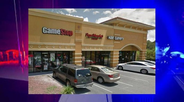 gamestop, robbery, employee robbed, gunpoint, ocala post, ocala news