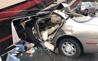 Man seriously injured in 484 crash
