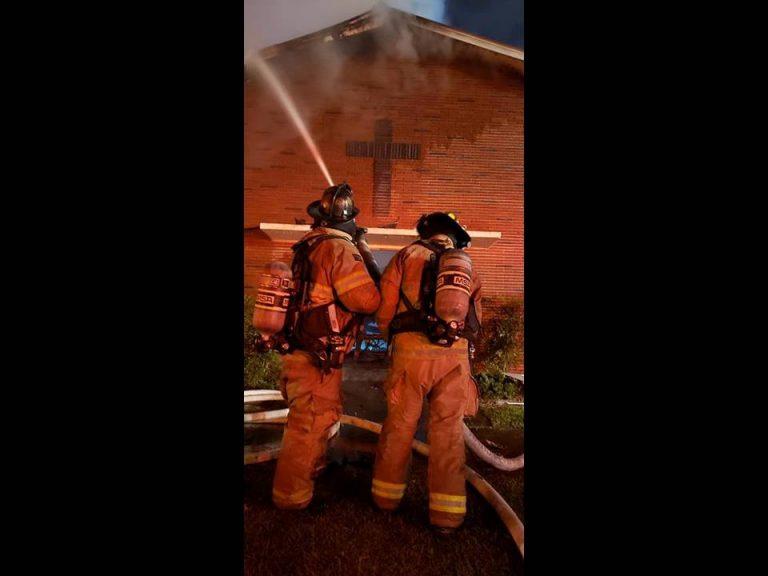 Fire destroys Dunnellon church