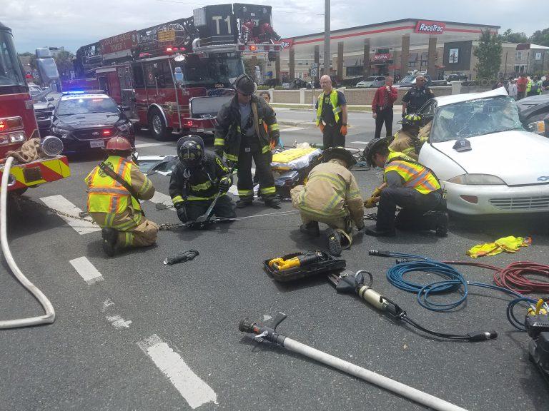 Serious crash on Pine Ave left one hospitalized