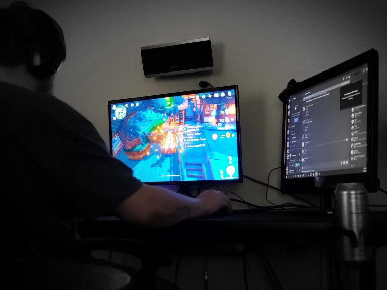 Company offering $2,000 to play video games for 21 hours with one friend